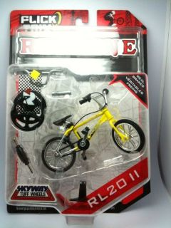FLICK TRIX REDLINE RL 20 II RETRO BMX BIKE BICYCLE TOY SKYWAY YELLOW