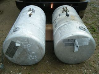 Peterbilt aluminum 29 fuel tanks left and right 150 gallon #1012