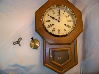 31 DAY SPIEGEL & CO. WALL CLOCK