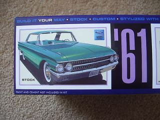 AMT 1963 FORD GALAXIE xl hardtop ADVANCED Model Car Mountain KIT FS 1