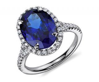 Oval Tanzanite and Diamond Ring in 18k White Gold (6.68 cts.)  Blue