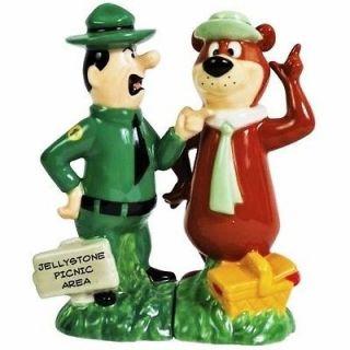 Hanna Barbera Ranger Smith & Yogi Bear Salt & Pepper Shakers Figurines