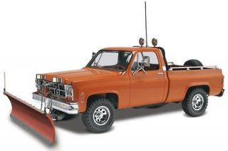 Revell 7222 1/24 GMC Pickup with Snow Plow Plastic Model Kit NEW