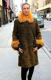 FUR: NEW DYED ANTIQUE GOLD PERSIAN 3/4 COAT W/ DYED FOX TRIM / SIZE: 6