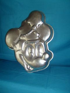 wilton cake pan marching mickey mouse walt disney cute time