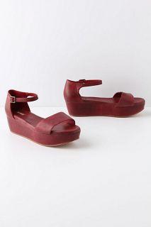 Anthropologie Potrero Flatforms Sandals Shoes Size 9, Wine, Gee Wawa