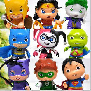 9pcs DC WONDER WOMAN CATWOMAN SUPERMAN THE JOKER BATMAN FIGURE LOOSE