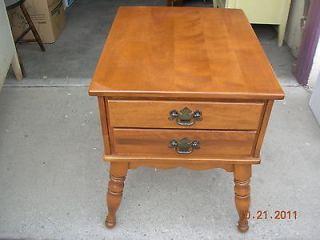 ethan allen light maple end table  125