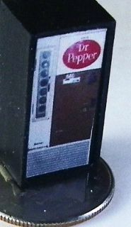 VINTAGE BOTTLE, DR. PEPPER SODA POP VENDING MACHINE,GREAT SODA DIORAMA