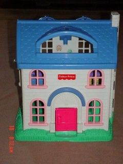 Fisher Price Little People Doll/House with Family Furniture Mom Dad