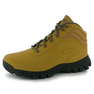 8b13be9cc3c Junior Boys Nike Mandara Hiking Walking Boots Shoes Sizes Uk 3 4 5