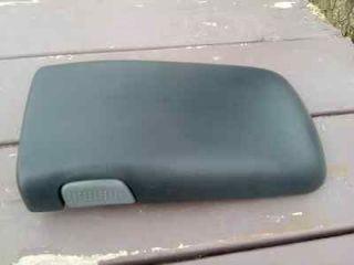 97 02 Camaro Firebird Trans Am console lid top armrest 99 00 01 98