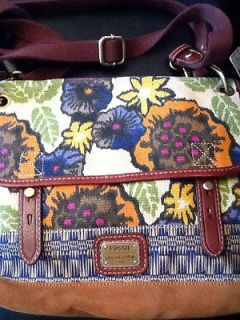 NWT FOSSIL Tessa Floral Canvas & Leather Messenger Bag   Cross Body