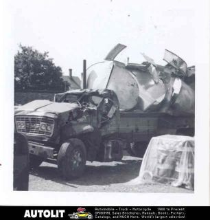 1969 gmc tractor trailer truck crash photo time left $