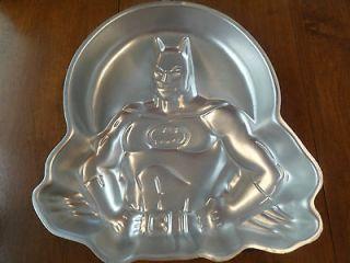 Vintage Wilton BATMAN Cake Pan Mold 2105 6501 DC Comics HERO BAT MAN
