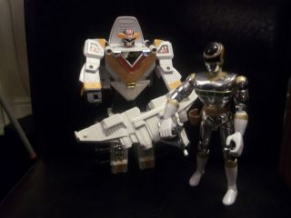 POWER RANGERS IN SPACE DELUXE MEGA WINGER MEGAZORD & SILVER RANGER