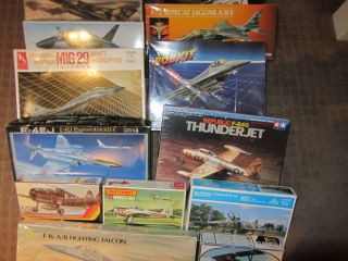 Job Lot of 17 1 72nd Aircraft Plastic Model Kits as Shown Pictured