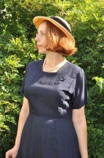 VINTAGE LOUISA ALCOTT 1940s WWII ERA NAVY SHANTUNG DAY DRESS M L