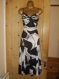 AMANDA WAKELEY BEAUTIFUL BLACK WHITE EVENING PARTY DRESS SIZE 20