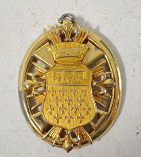 Rosenstein Gold Tone Medallion Pendant Vintage Costume Jewelry