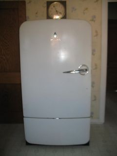 Vintage Antique Refrigerator 1950 Servel Gas Powered w Propane Adapter