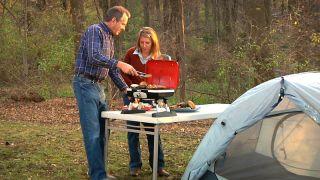 Cuisinart Petit Gourmet Portable Tabletop Gas Grill New