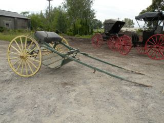 Antique Horse Drawn Sulky Carriage Farm Equipment Vehicle
