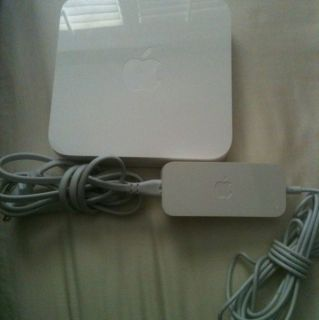 Apple AirPort Extreme 3 Port Gigabit Wireless N Router A1408