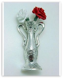 this antique style sterling silver floral vase pin