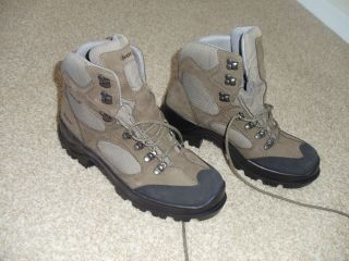 MENS BATE Boot   Size 9.5   Tora Bora   Combat Hiker   3400 3600 B09