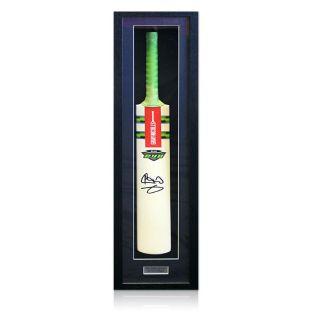 Sir Ian Botham hand signed Cricket Bat. Great item bid from only £90