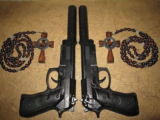 Boondock Saints Rosaries and 2 Gun Replicas A must have for any
