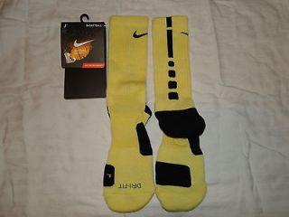 yellow nike elite socks in Clothing,