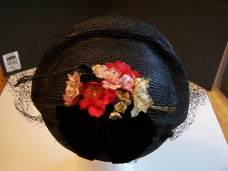 VINTAGE BLACK STRAW LADIES HAT W NETTING VELVET BOW RED PINK IVORY