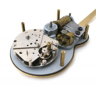SWIZA GUITAR MUSICAL ALARM CLOCK   Cuendet Music Box   Swiss Made