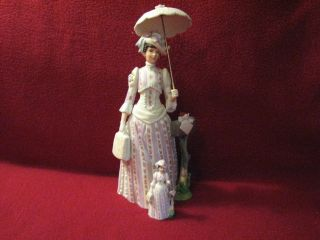 1988 Mrs Albee Figurine Mini Albee Figurine