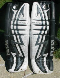 Vaughn 36 2 V3 7500 Goalie Leg Pads Black White Silver