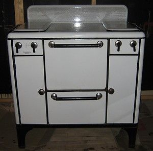 Wonderful Vintage Tappan Insulated Gas Stove Range Oven