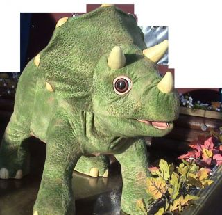 Playskool Kota     Toy Triceratops Dinosaur Battery D Operated