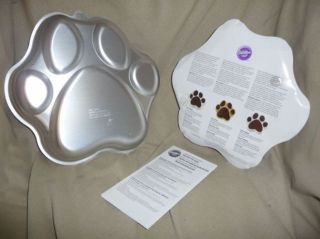 Wilton Animal Bear Cat Paw Print school mascot Cake Pan #2105 0252
