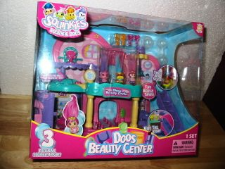 SQUINKIES Doos Beauty Salon Center w Figures w hair like Trolls Cute