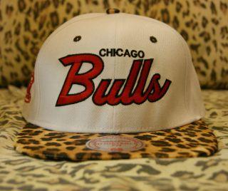 US Seller Chicago Bulls Leopard White Snapback Hat Mitchell Ness