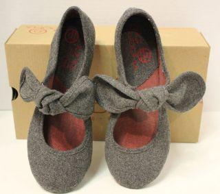 Big Buddha Baily Grey Fabric Flat Shoes New in Box