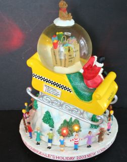 Lighted Musical Bloomingdales Christmas Snow Globe 2003