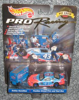 NASCAR 1997 Bobby Hamilton #43 STP Hot Wheels Pontiac Grand Prix And