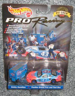 NASCAR 1997 Bobby Hamilton #43 STP Hot Wheels Pontiac Grand Prix And