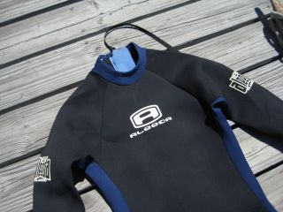 WETSUIT Mens Size Large 4 2mm Surfing Bodyboarding Water Sports Suit