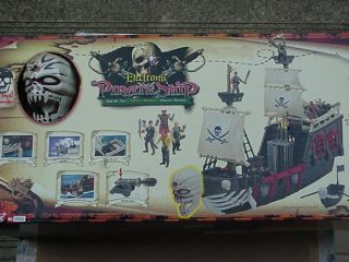 Pirate SHIP New Skull Boat Kids Toy Action Figure Collectable