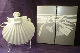 Furlong JOYEUX Noel Angel Ed D Porcelain Angel New in Box
