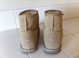 EMU Australia Womens Bronte Mini Boots  Size 9
